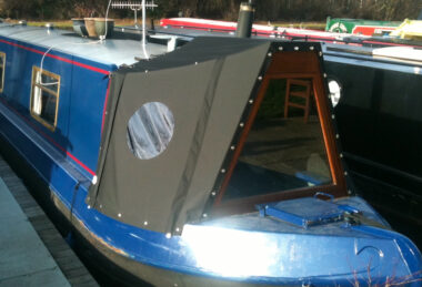 Custom narrow boat cratch cover with window