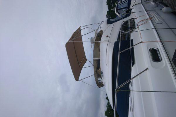 Custom Beige 3-Pole Speed Boat Bimini