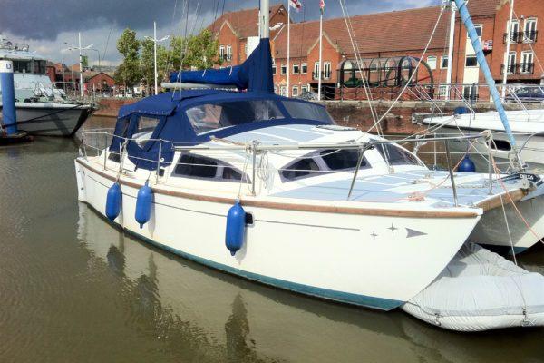 navy blue Yacht Spray Hood Campa Back